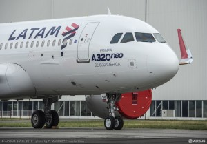 A320neo MSN7126 LATAM roll out-020
